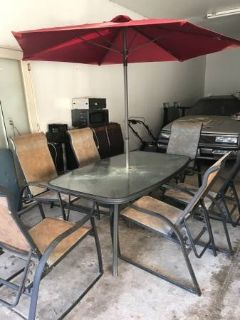 PATIO SET ~ ONLY $100