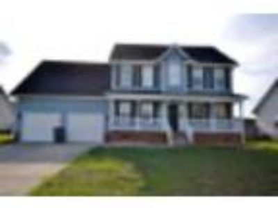 1102 Thistle Gold Dr Hope Mills, NC