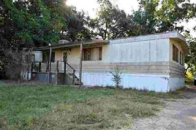 24567 Clement Avenue Los Molinos Three BR, Manufactured home on