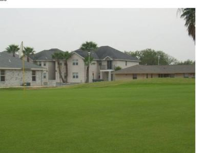 - $585 Apartment for rent near exp83 golf course (Mission. Tx)