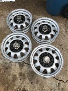 Baja Champion wheels and center caps