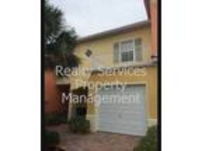 LOVELY TOWNHOME!-Fort Myers Beach, Health Park Hospital, Tangler Outlet Mall