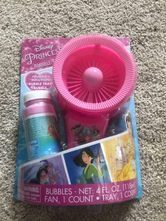 Disney Princess bubble fan set new in package