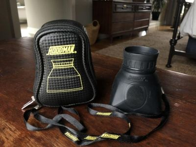 Hoodman HoodLoupe viewfinder and carrying case