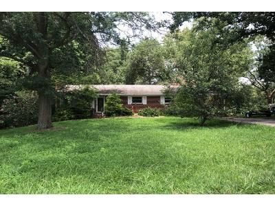3 Bed 2 Bath Preforeclosure Property in Kernersville, NC 27284 - Emily Dr