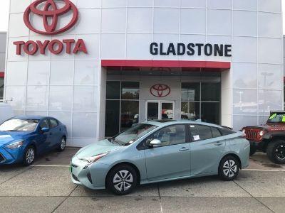 2018 Toyota Prius Four (Sea Glass Prl)