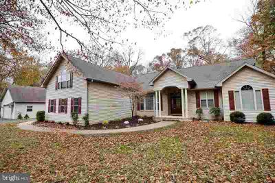 15401 Jamies Way Accokeek Four BR, Come fall in love with this