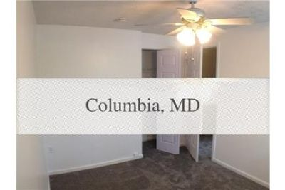 Large end unit town home in Howard County Columbia.
