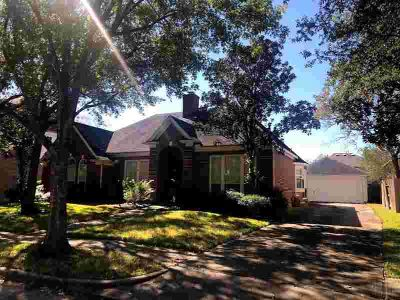 16915 Cottonwood Way Houston Four BR, Ready for a new family!