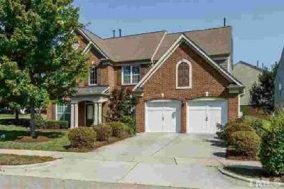 120 Amiable Loop Cary Five BR, Fantastic brick front home in