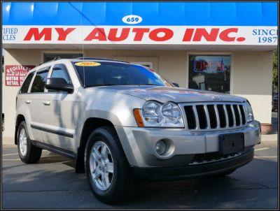 2007 Jeep Grand Cherokee Laredo (Light Graystone Pearl)