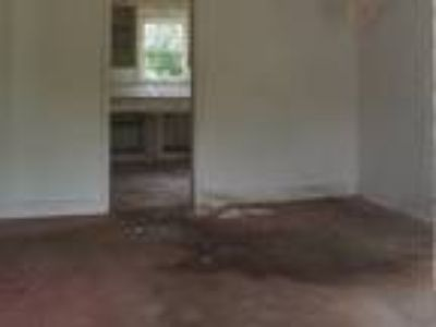 Foreclosure -Ranch Style House: $7,900 Best Value of the Month!