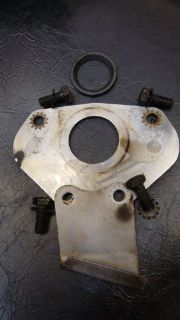 Buy Chrysler 392 Camshaft Retainer Plate, Oil Trough, Cam Spacer Ring & Bolts motorcycle in Lisle, Illinois, United States, for US $40.00
