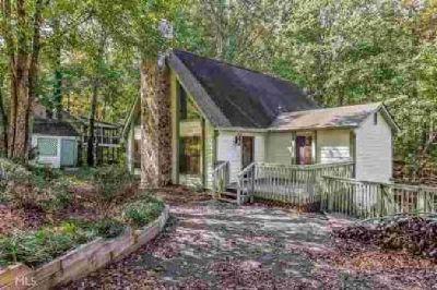 9225 Nova Dr Gainesville Three BR, The PERFECT lake home close to