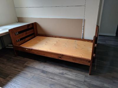 Twin Bed Frame (PICK-UP ONLY AT DON MILLS RD AND SHEPPARD AVE E)