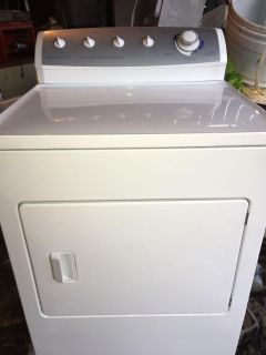 2005 Frigidaire commercial quality electric dryer