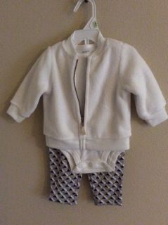 Nwot carters outfit size 3month