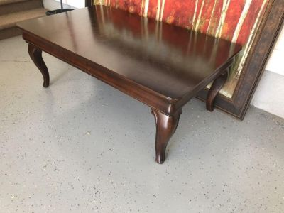 Haverty s Coffee Table