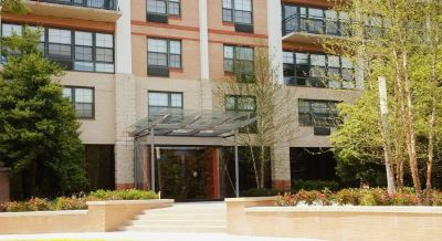 $2573 1 apartment in Bethesda
