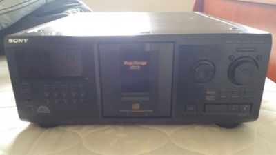 300 CD Player