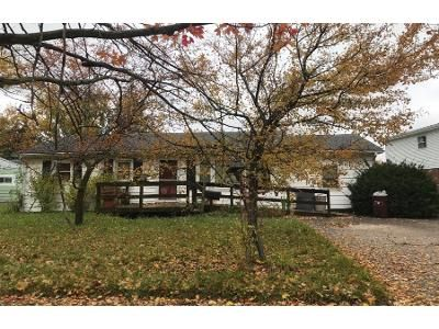 2 Bed 1 Bath Preforeclosure Property in Lima, OH 45801 - Westbrook Dr