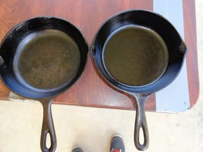 CAST IRON FRYING SKILLETS