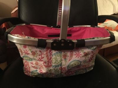 Cute collapsible picnic style canvas basket
