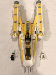 LEGO Star Wars 8037 Y-Wing Starfighter set - includes all pieces and 2 minifigures