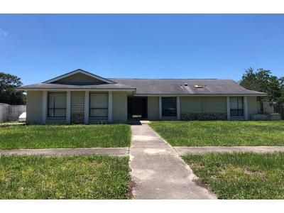 3 Bed 2.0 Bath Preforeclosure Property in Orlando, FL 32825 - Green Meadow Ln