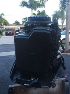 Sell 225hp evinrude outboard motor loop charged 1989. 1990 1991 1988,1987 johnson 225 motorcycle in Pompano Beach, Florida, United States