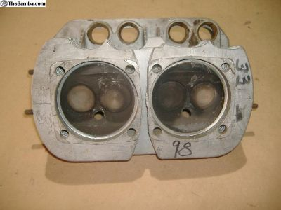 VW 1776 cc cylinder head vw bug 0411013752