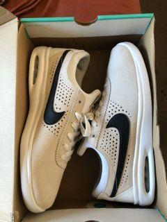 "Nike Bruin Max Vapor Summit White"""
