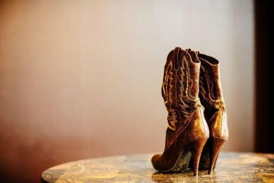 Brown Cowboy boots with heels Size 6
