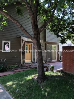 Single-family home Rental - 1834 Grove Street