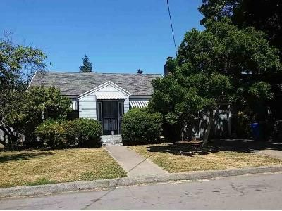 2 Bed 1 Bath Foreclosure Property in Portland, OR 97220 - NE Going St