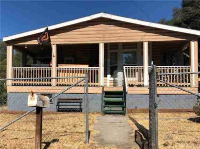 2972 11th Street Clearlake, LOG CABIN STYLE-Spacious 3
