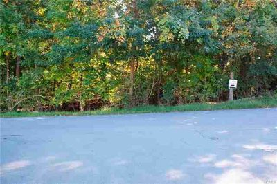 Dean Hill Road New Windsor, Great 1.50 acre level lot R-3
