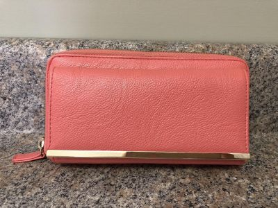 Women s (Coral) Wallet