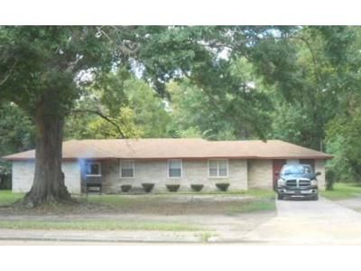 4 Bed 2 Bath Foreclosure Property in Jackson, MS 39212 - Cooper Rd