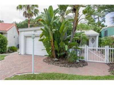 YOU WILL ABLE TO ENJOY THIS LOVELY PATIO HOME IN WINTER HAVEN