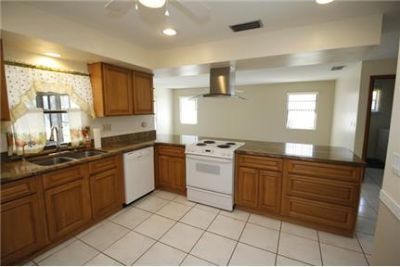 Lovely 3-bedroom, 2-bathroom home in sought after Palm Bay location. Washer/Dryer Hookups!