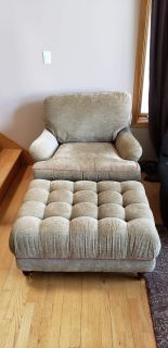 Elegant chair with tufted ottoman