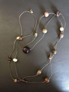 The limited long necklace wood beads