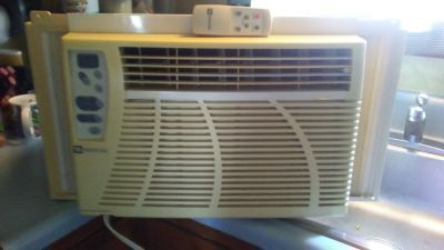 MAYTAG 8,000 BTU WINDOW AIR CONDITIONER AC UNIT W/ REMOTE CONTROL