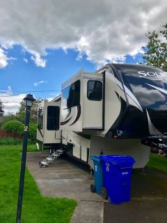2017 Grand Design SOLITUDE 379FL