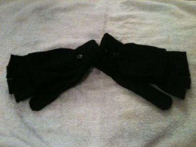 $5 gloves (Eagle River)