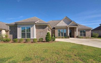 Beautiful 4 Bedroom 3 Bathroom Home In Daphne