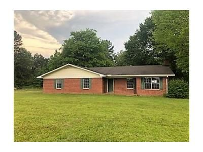 3 Bed 2 Bath Foreclosure Property in Plantersville, MS 38862 - Road 598