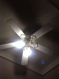 3 ceiling fans all working