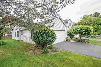 30 Cedarview Fairport Two BR, Delightful Ranch Style Townhouse